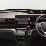 2015 Honda StepWGN搭载1.5L Turbo引擎!