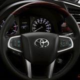 2016-toyota-innova-facelift-thailand-0023