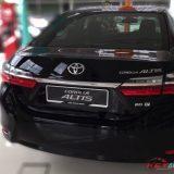 2016-umw-toyota-altis-facelift-price-malaysia-02