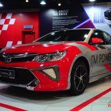 2017-umw-toyota-camry-facelift-price-malaysia-01