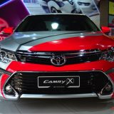 2017-umw-toyota-camry-facelift-price-malaysia-010