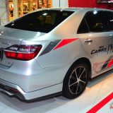 2017-umw-toyota-camry-facelift-price-malaysia-014