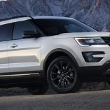 top-10-vehicles-rich-americas-bought-06