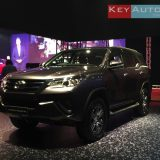 2016-toyota-fortuner-malaysia-01
