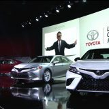 2018-all-new-toyota-camry-unveiled-detroit-auto-show-033