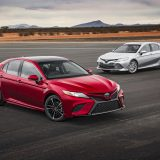 2018-all-new-toyota-camry-xse-v6-and-hybrid-xle-02