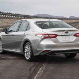 2018-all-new-toyota-camry-xse-v6-and-hybrid-xle-06